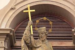 Vojenský kostel Svatého Jana Nepomuckého, Hradčany